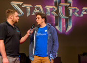 gamescom-2013-sc2-players-blizzard-booth-1.jpg