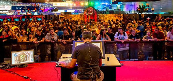 Hearthstone-Zeichnugen live auf der gamescom